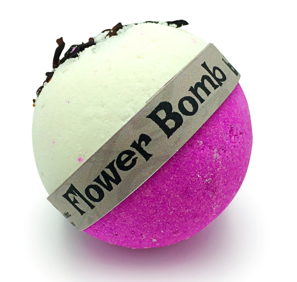Hand Crafted All Natural Luxury Flower Bomb - Pink Lichee Bath Bomb 135g